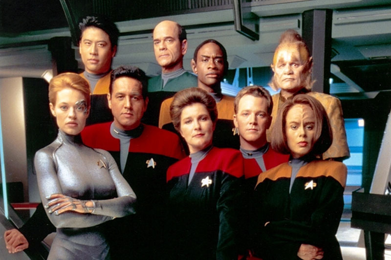 Primary_star-trek-voyager-cast-2000